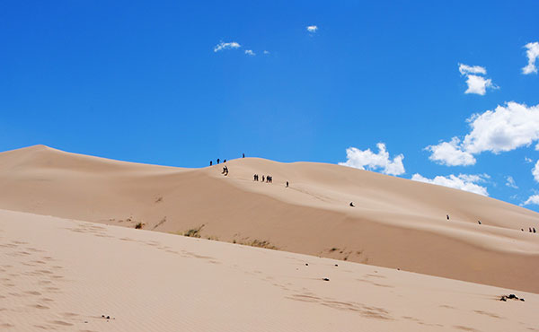 Visit Mongolia – experience new places & adventure