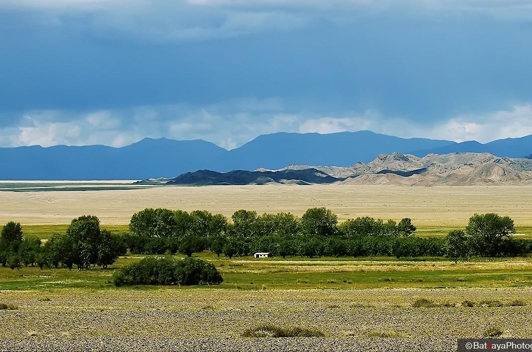 govi altai aimak, mongolia travel, premium travel
