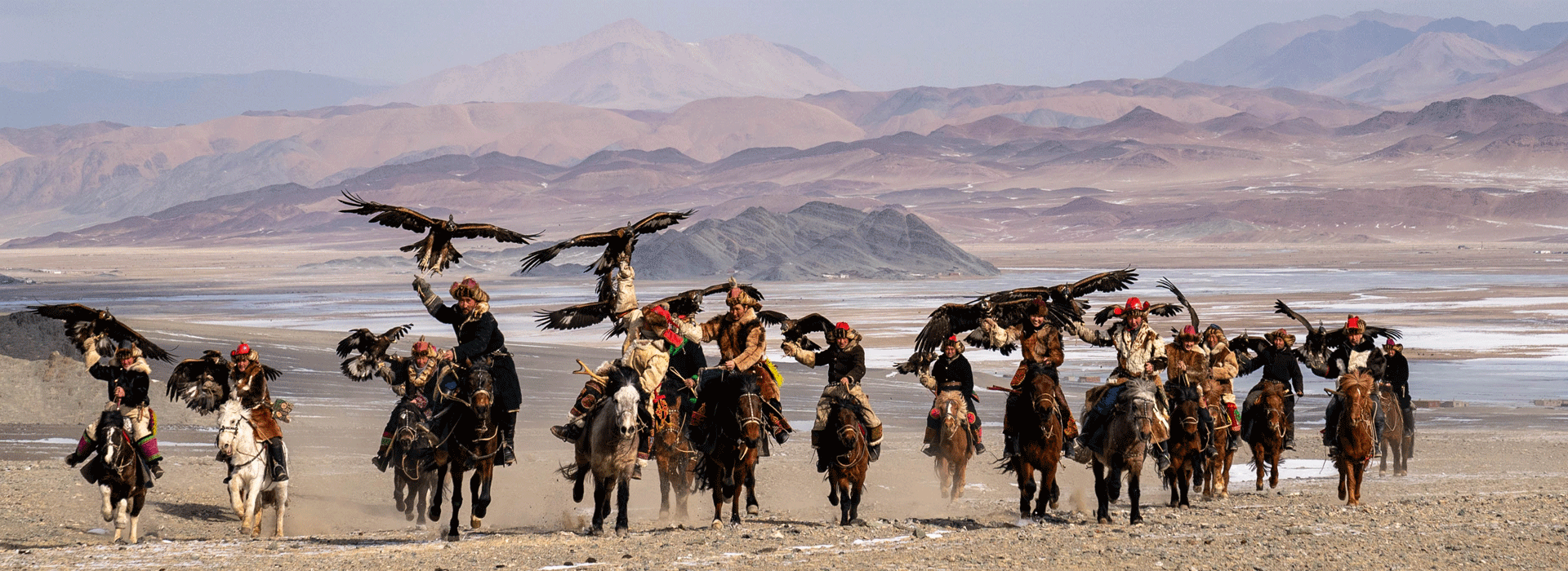 eagle hunters, eagle hunters in Mongolia, kazakh eagle hunters
